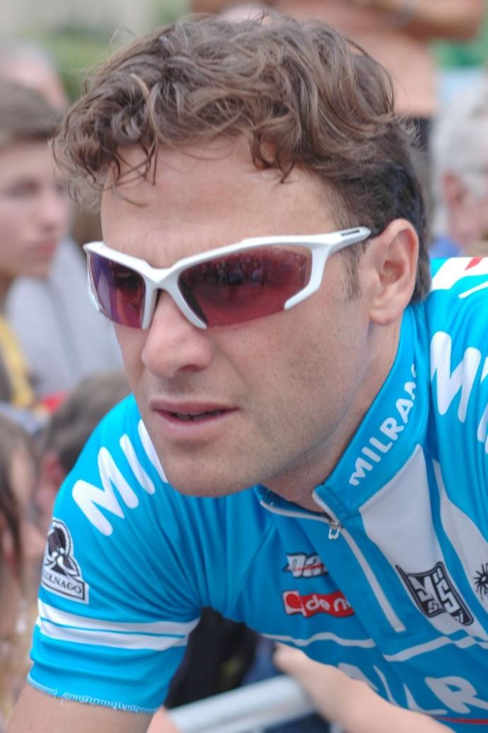 En Fazla Büyük Tur Koşan Bisikletçiler
