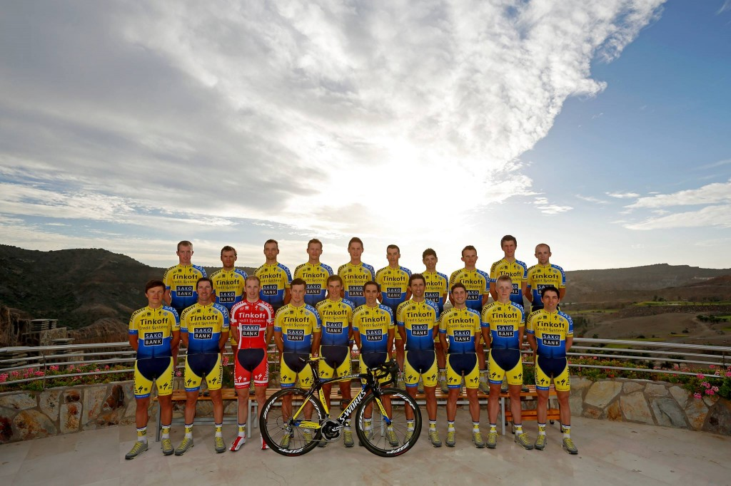tinkoff - saxo team photo 03