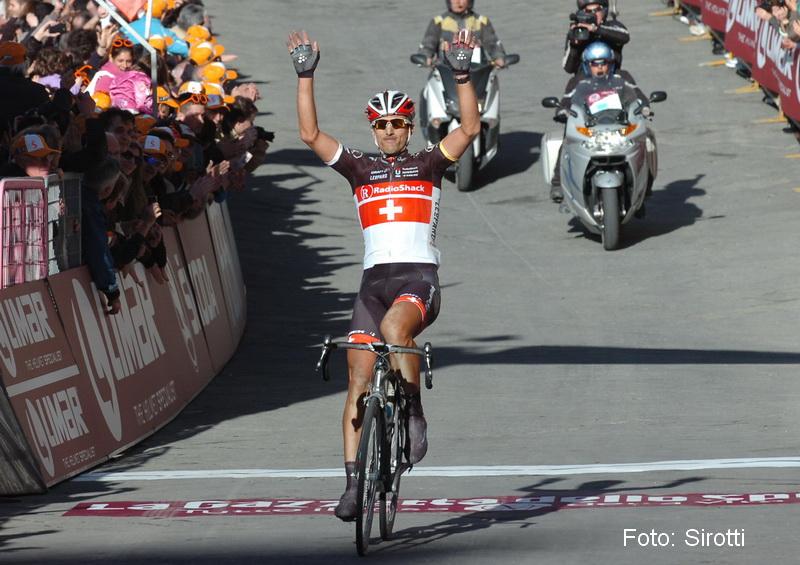 Fabian-Cancellara-gewinnt-den-Klassiker-Strade-Bianche